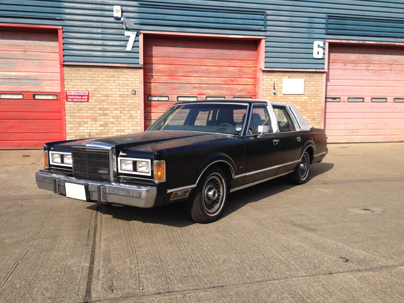 Welcome To Back To Life Cars 1989 Lincoln Town Car 1